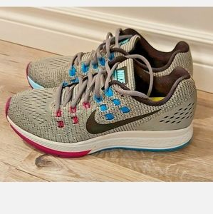 Nike Air Zoom Running Shoes Womens US 8